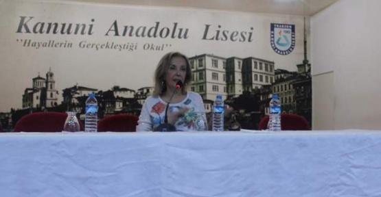Yazar Canan Tan Trabzon'da