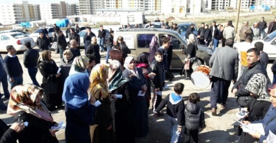 Yeni kurulan mahalleye 2'si kadın toplam 82 kişi muhtar adayı çıktı