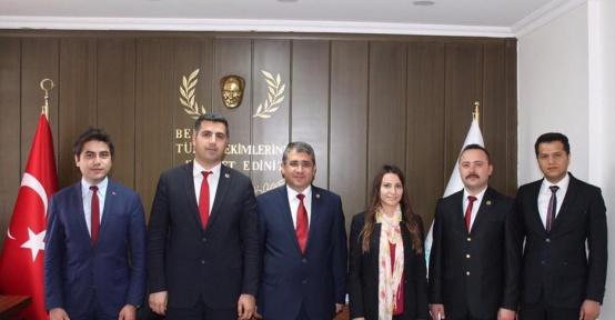 Yeşilay Kilis Şube Başkanı Ahmet Zorlu, Dr. Happani'ye ziyaret