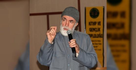 """YYÜ'de """"Günümüz İslam Gençliği"""" semineri"""