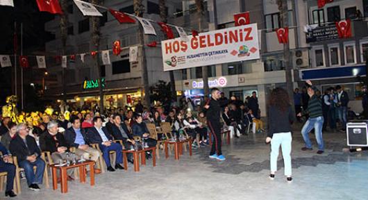 Antalya Kumluca'da türkü rüzgarı esti
