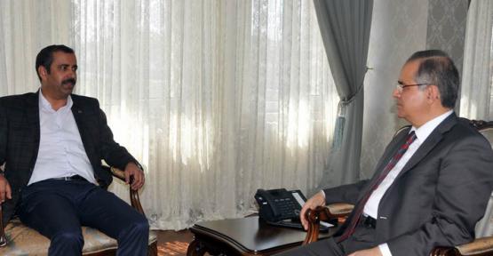 Karaman'da Sendika Temsilcileri Vali Tapsız'ı Ziyaret Etti