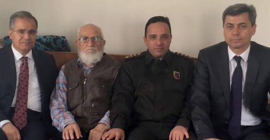 Kore Gazisi Karazor Balli'ye taziye ziyareti