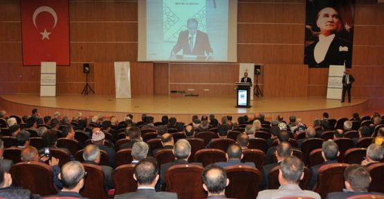 Muhtarlar Toplantısı Karamanoğlu Mehmetbey Üniversitesinde Yapıldı