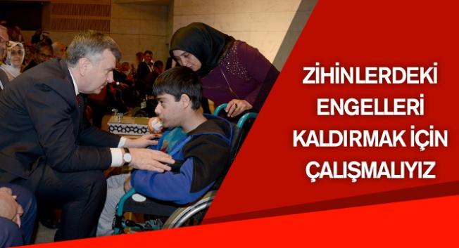 Engelliler Haftası  programı Mevlana Kültür Merkezi'nde yapıldı