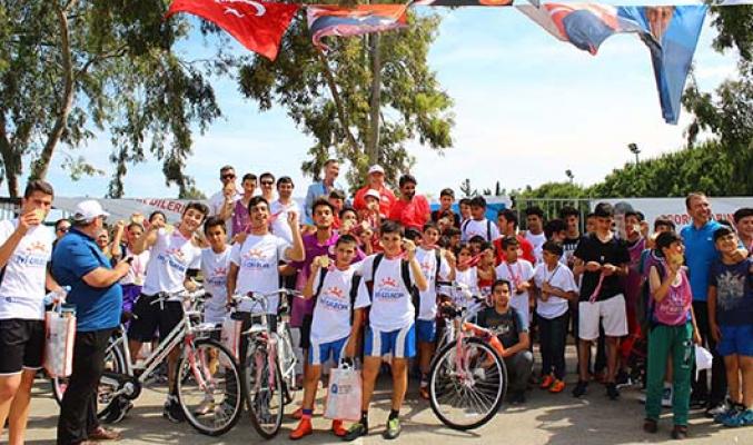 Spor Şenlikleri Akdeniz Üniversitesi BESYO'da yapıldı