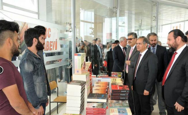 Türk Dil Bayramı Etkinlikleri Tanıtım Fuarıyla Başladı