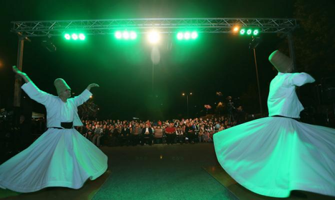 Kayseri'de Ramazan Tırı Büyük İlgi Görüyor