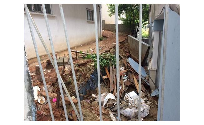 Başakşehir'de Sel Mağdurlarının Yaraları Sarılıyor