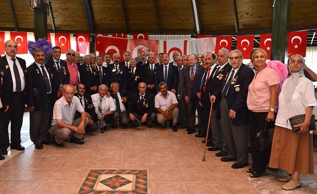 Büyükşehir'den Kıbrıs Barış Harekatı nın 43. Yılı Onuruna Yemek