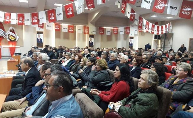 CHP'DE ÜNVER İL BAŞKANLIĞINA TEKRAR SEÇİLDİ