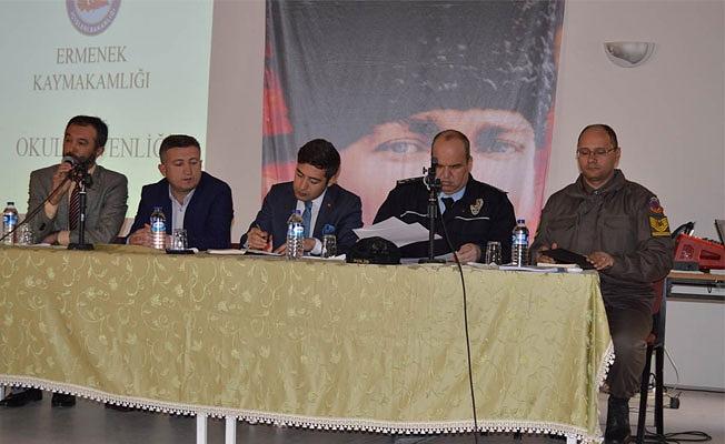 Ermenek Kaymakamlığı Okul Güvenliği Toplantısı Yapıldı