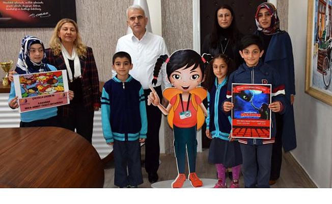 Hoca Ahmet Yesevi İlk ve Ortaokulundan '81 İl Bir Hikaye' ve 'Çocukla Çocuk Ol' Projeleri
