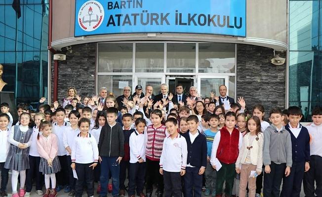 Atatürk İlkokulundayız