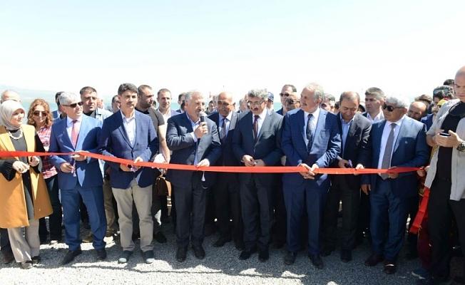 """Bakan Arslan: """"gururumuz o ki ülkenin her yerine, iç sulara denizciliği getiriyoruz"""""""