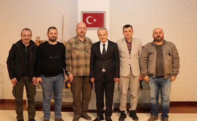 Batı Karadeniz Telsiz ve Radyo Amatörleri Derneği Yöneticileri Vali DİRİM'i Ziyaret Etti
