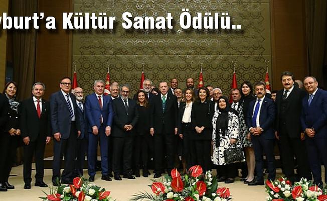 Belediye Başkanı Memiş'ten Prof Dr. Koçan'a Tebrik..