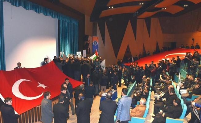 Tarım ve Hayvancılık Bakanı Ahmet Eşref Fakıbaba, Ardahan'da cuma namazı çıkışında yaptığı açıklamada,