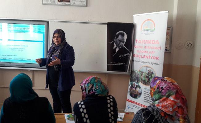 Tarımda Genç Girişimci Kadınlar Güçleniyor