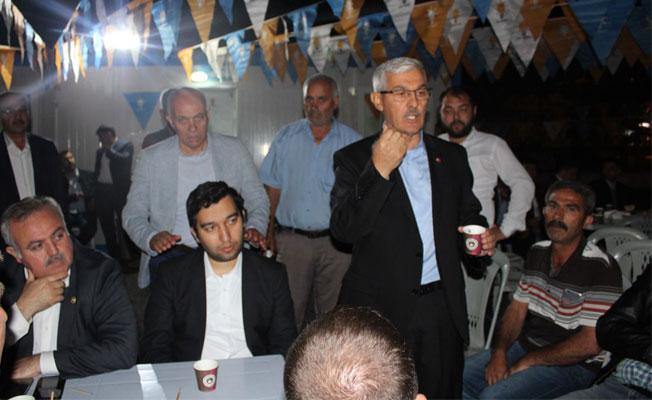 AK Parti Seçim Bürosunda Şehitler Anılacak