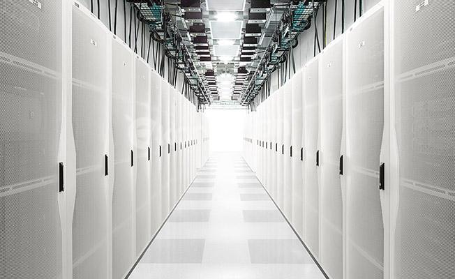 Cisco'dan Yapay Zeka ve Makine Öğrenimi Destekli Yeni Sunucu