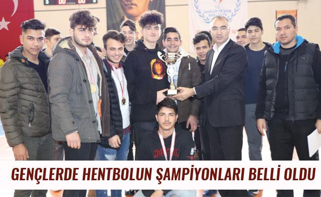 GENÇLERDE HENTBOLUN ŞAMPİYONLARI BELLİ OLDU