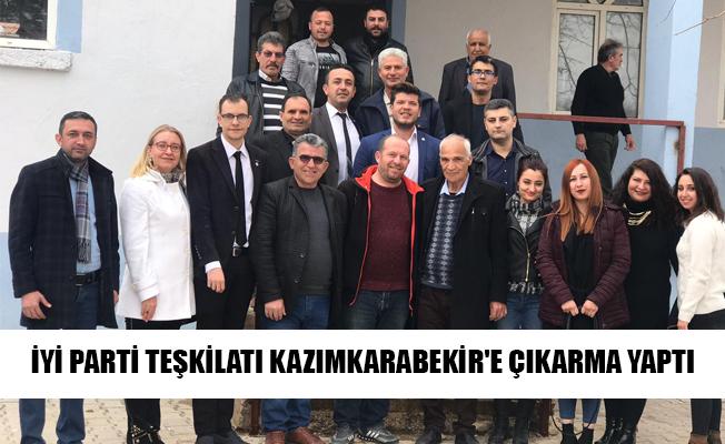 İYİ PARTİ TEŞKİLATI KAZIMKARABEKİR'E ÇIKARMA YAPTI