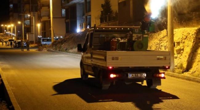 Mardin Büyükşehir Belediyesi kent genelinde ilaçlama çalışmalarını sürdürüyor