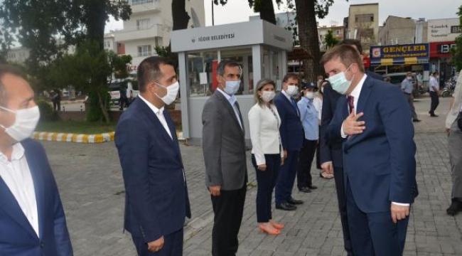 Vali/Belediye Başkan Vekili Sayın H. Engin Sarıibrahim, Belediyemizde Düzenlenen Karşılama Töreninin Ardından Göreve Başladı