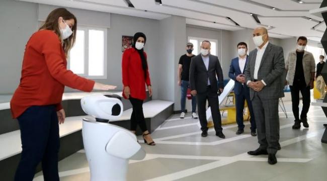 Vali ve Büyükşehir Belediye Başkan V. Demirtaş, belediye birimlerini inceledi