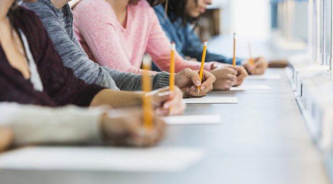 AÖF sınavları yaklaştı... AUZEF, ATA, AÖF 2020-2021 güz dönemi sınavları online mı olacak? AÖF sınav tarihleri!