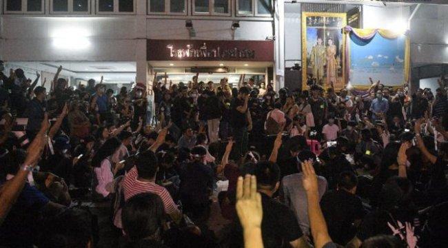 Tayland'da porno isyanı: Yalnızlığımıza saygı duyun
