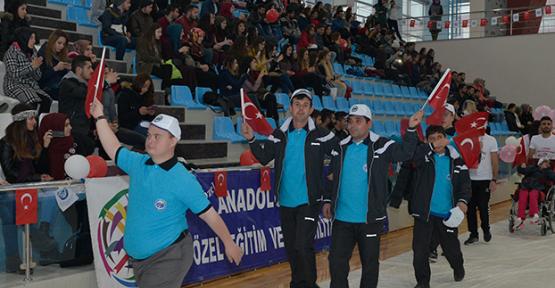 7. Karaman Engelliler Spor Şöleni Kmü'de düzenlendi