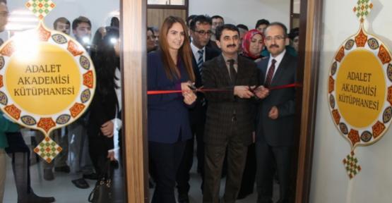 Adalet Akademisi Kütüphanesi Karaman'da  Açıldı