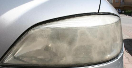 Araba Farı Nasıl Temizlenir?