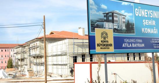 Güneysınır İlçesi'nde Şehir Konağı Yapımı Devam Ediyor