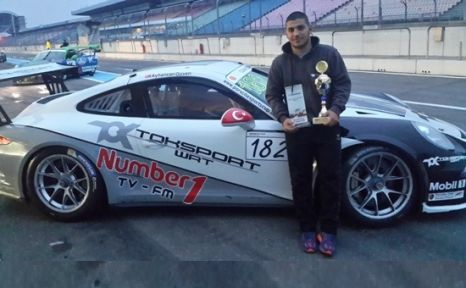 İstanbul Bilgi Üniversitesi Öğrencisi, Porsche Sports Cup da birinci oldu