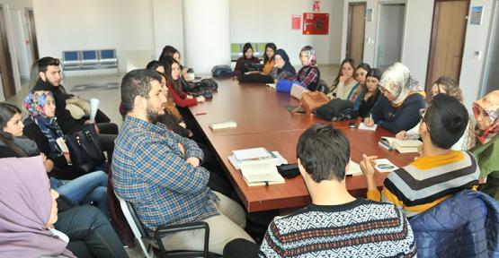 Karaman'da öğrenciler kitap tahlili yaptı