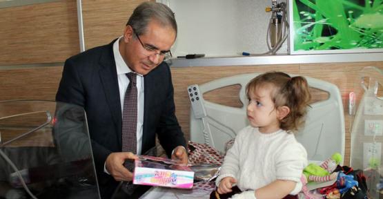 Karaman'da Vali Tapsız, Devlet Hastanesini Ziyaret Etti