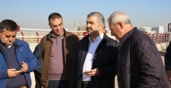 Kayseri Büyükşehir yol çalışmalarına devam ediyor