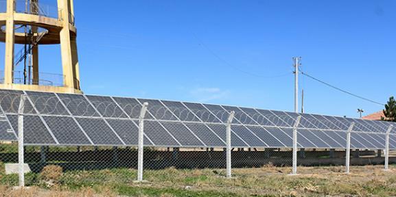 Konya Büyükşehir, su kuyularında güneş enerjisi kullanıyor
