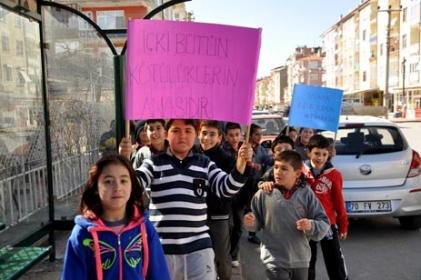 Sabiha Gökçen Ortaokulu Yeşilay Haftasını Kutladı