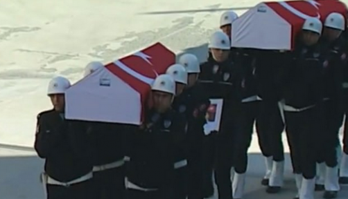 Şehit polisler için emniyette tören düzenlendi