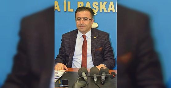 "AK Partili Ünal: Bir direksiyonda iki şoför olmaz"""