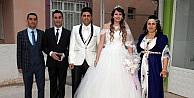 Şırnaklı ile İsviçreli genç çift Antalyada dünya evine girdi