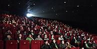 Beyoğlu'nda 500 öğrenci daha sinemayla buluştu