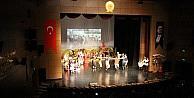 Çanakkale Zaferi için lirik dans gösterisi
