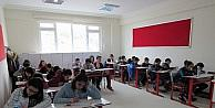 Çözüm Koleji 'Bursluluk Sınavına' yoğun ilgi