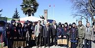 Zonguldak'ta halka ücretsiz 3 bin fidan dağıtıldı