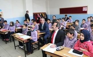 Vali MANTI, Okul Ziyaretlerine Devam Etti